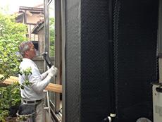西京区のキッチン増築リフォーム。増築部分の外壁を作っています。