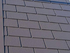 長岡京市の屋根外壁塗装リフォーム。屋根の3回重ね塗りが終わりました。