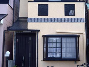 長岡京市の外壁屋根塗装リフォーム。塗装後の外観です。まるで新築のようです。