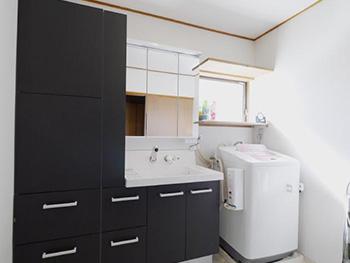 長岡京市のお風呂浴室リフォーム。リクシルの洗面化粧台、ピアラです。