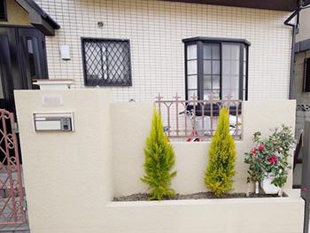 長岡京市の屋根外壁塗装リフォーム。塗装リフォーム完成後の外観です。今回の塗料は3分艶なので、そんなに光沢は出ず落ち着いた雰囲気に仕上がりました。