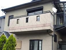 長岡京市の外壁塗装リフォーム。塗装前の外観です。