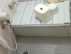 長岡京市のお風呂浴室リフォーム。タイル張りのお風呂。