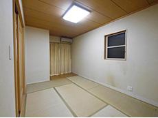 大山崎町のリビングリノベーション。リフォーム前の和室です。