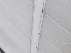 西京区の外壁、屋根塗装リフォーム。外壁の大事なコーキングも劣化していました。