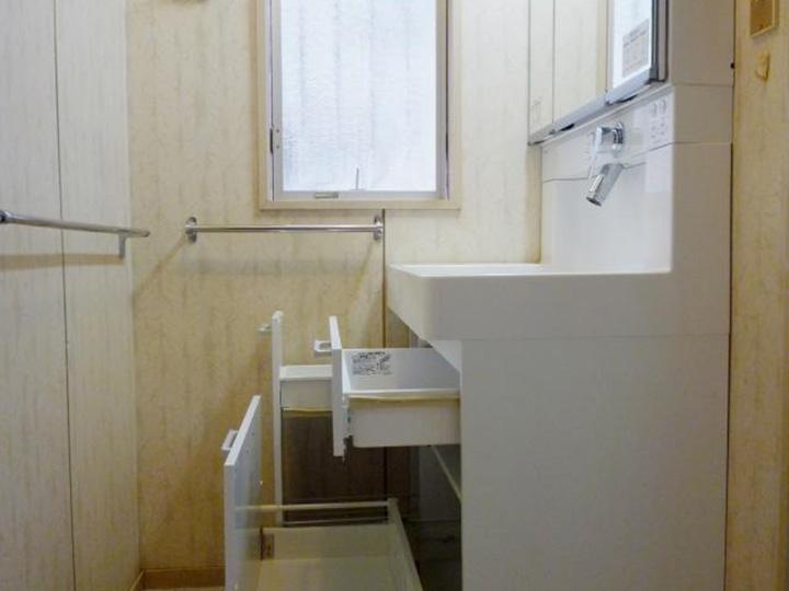 西京区 H様邸 洗面化粧台取替えリフォーム事例