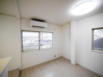 長岡京市の二世帯住宅リフォーム。元は洋室だった場所です。洋室をつぶして、リビングを広くしました。