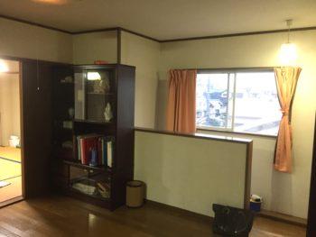 長岡京市の二世帯住宅リフォーム。実家の3階です。階段を上がったところで広い踊り場があります。