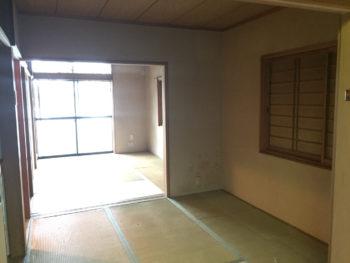 向日市の3階建て中古住宅リノベーション。リフォーム前の3階の和室です。